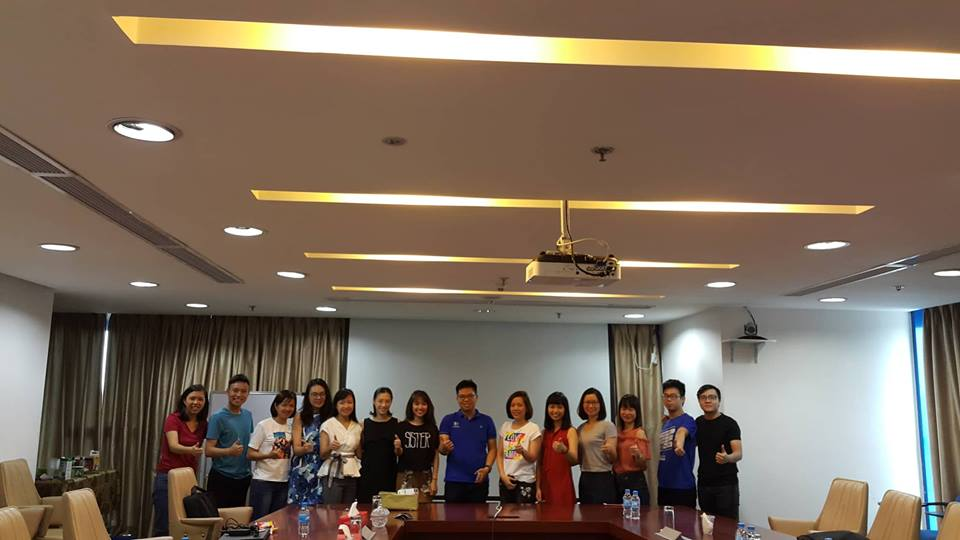 Anh-lop-Excel-khoi-to-chuc-nhan-su-MBB